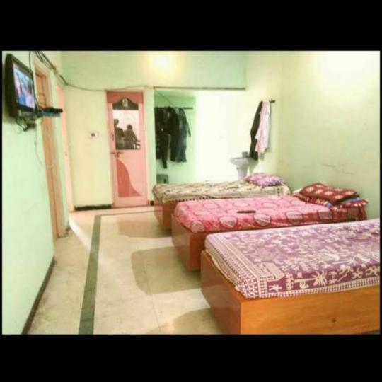 सेक्टर 41 में पीजी के बेडरूम की तस्वीर