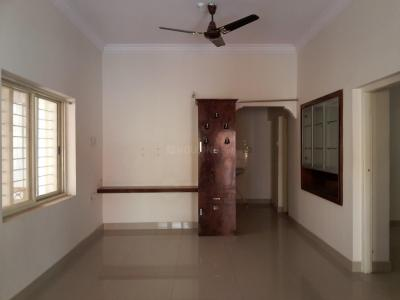 Gallery Cover Image of 1000 Sq.ft 2 BHK Apartment for rent in Indira Nagar for 25000