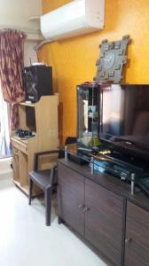 Gallery Cover Image of 650 Sq.ft 2 BHK Apartment for rent in Andheri West for 35000