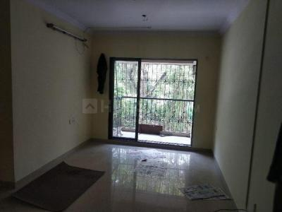 Gallery Cover Image of 950 Sq.ft 2 BHK Apartment for rent in Shree Krishna Complex, Borivali East for 29000