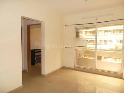 Gallery Cover Image of 850 Sq.ft 2 BHK Apartment for rent in Rustomjee Global City, Virar West for 7500