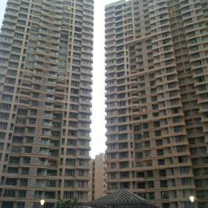 Gallery Cover Image of 2520 Sq.ft 3 BHK Apartment for buy in Thane West for 29900000