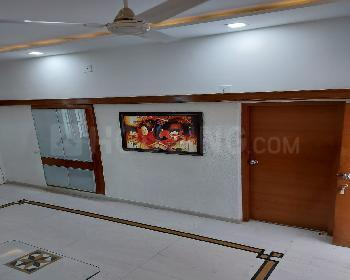 Gallery Cover Image of 2030 Sq.ft 5 BHK Villa for rent in Science City for 45000