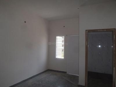 Gallery Cover Image of 850 Sq.ft 2 BHK Apartment for rent in Thammenahalli Village for 16000