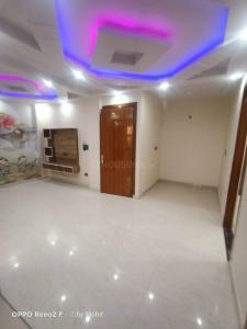 Gallery Cover Image of 900 Sq.ft 3 BHK Independent Floor for buy in Uttam Nagar for 5400000