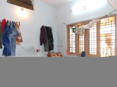 Bedroom Image of Sri Balaji PG in Sudhama Nagar