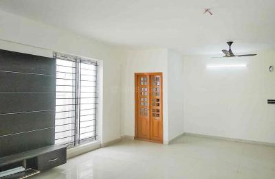Gallery Cover Image of 1950 Sq.ft 3 BHK Apartment for rent in Agrahara Layout for 30000