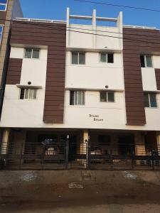 Gallery Cover Image of 619 Sq.ft 2 BHK Apartment for buy in Iyyappanthangal for 4000000