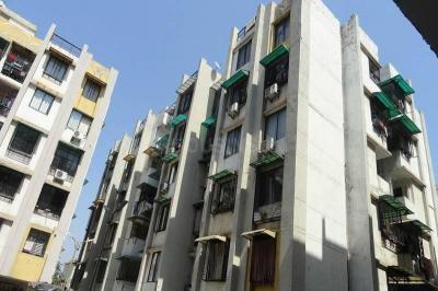 Gallery Cover Image of 1008 Sq.ft 2 BHK Apartment for rent in Khokhra for 11000