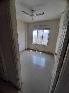 Gallery Cover Image of 900 Sq.ft 2 BHK Apartment for rent in Vardhaman Vardhaman Heights Phase2, Rahatani for 15000