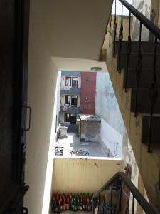 Gallery Cover Image of 300 Sq.ft 1 RK Independent Floor for rent in Dwarka Mor for 3500