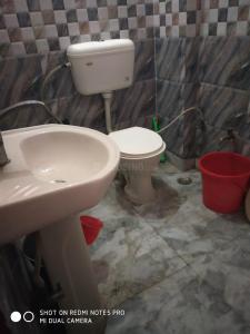Bathroom Image of Moksh PG In Uttam Nagar in Uttam Nagar