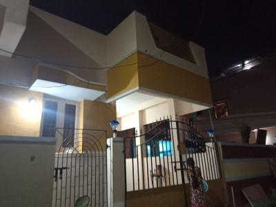 Gallery Cover Image of 1000 Sq.ft 3 BHK Independent House for rent in Madhavaram for 15000