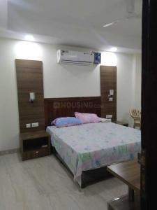 Gallery Cover Image of 1550 Sq.ft 3 BHK Independent Floor for rent in Sector 54 for 60000
