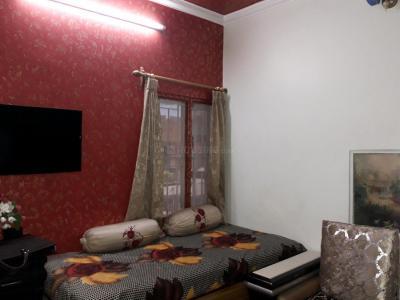 2 BHK 500 Sqft Independent Floor for sale at Paschim Vihar