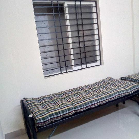 इंदिरा नगर में एसएलवी पीजी में बेडरूम की तस्वीर