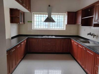 Gallery Cover Image of 2025 Sq.ft 3 BHK Apartment for rent in Aminjikarai for 50000