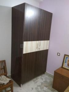 Gallery Cover Image of 2100 Sq.ft 3 BHK Apartment for rent in Vasant Kunj for 30000