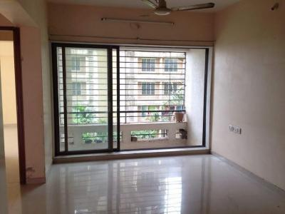 Gallery Cover Image of 995 Sq.ft 2 BHK Apartment for rent in Kandivali East for 26500
