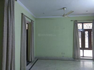 Gallery Cover Image of 3767 Sq.ft 3 BHK Independent House for rent in Beta II Greater Noida for 27000