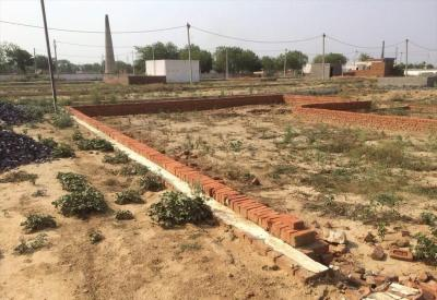 Gallery Cover Image of 900 Sq.ft Residential Plot for buy in Kasna Village for 400000