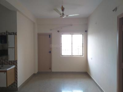 Gallery Cover Image of 1100 Sq.ft 2 BHK Apartment for rent in Radiant Lake View, Medahalli for 19000