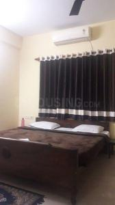 Gallery Cover Image of 900 Sq.ft 2 BHK Apartment for rent in Ballygunge for 40000