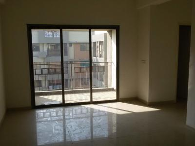Gallery Cover Image of 1080 Sq.ft 2 BHK Apartment for buy in Makarba for 5000000