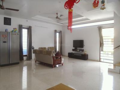 Gallery Cover Image of 2600 Sq.ft 4 BHK Independent Floor for rent in Kalyan Nagar for 60000