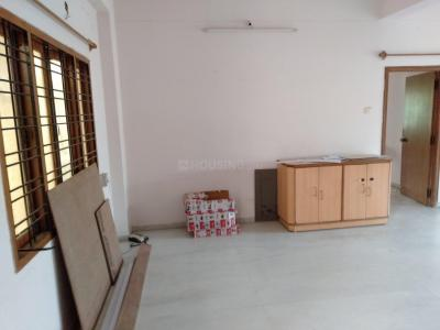 Gallery Cover Image of 1850 Sq.ft 3 BHK Apartment for rent in Madhura Nagar for 28000