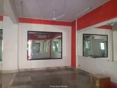 Gallery Cover Image of 745 Sq.ft 2 BHK Apartment for buy in Thane West for 10000000