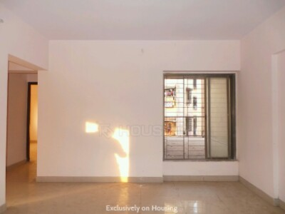 Gallery Cover Image of 1200 Sq.ft 2 BHK Apartment for buy in Kurla West for 12000000