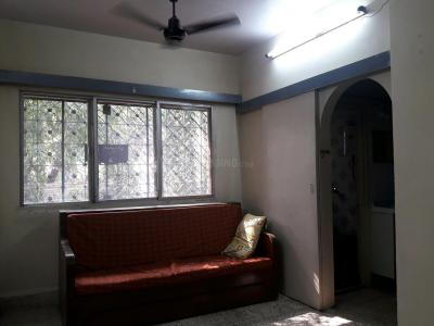 Gallery Cover Image of 575 Sq.ft 1 BHK Apartment for rent in Kandivali East for 23000