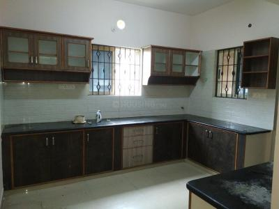 Gallery Cover Image of 1200 Sq.ft 2 BHK Apartment for rent in Murugeshpalya for 29000