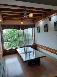 Gallery Cover Image of 2150 Sq.ft 3 BHK Apartment for rent in Rahul Rahul Park, Warje for 35000