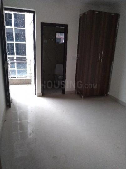 Bedroom Image of 750 Sq.ft 2 BHK Apartment for buy in Ashok Vihar Phase III Extension for 3500000