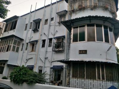 Gallery Cover Image of 600 Sq.ft 1 BHK Apartment for buy in Bandra West for 16500000