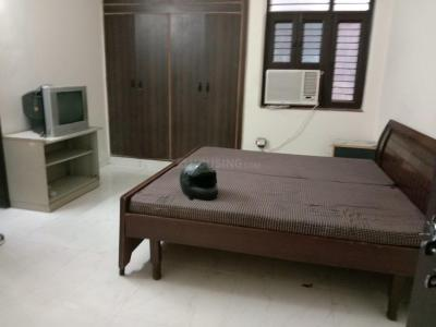 Gallery Cover Image of 350 Sq.ft 1 RK Independent Floor for rent in Sector 50 for 12000