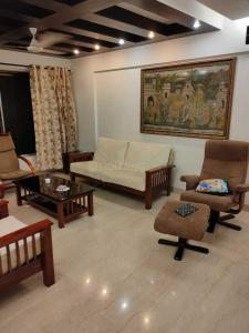 Gallery Cover Image of 1900 Sq.ft 3 BHK Apartment for rent in Malad West for 75000