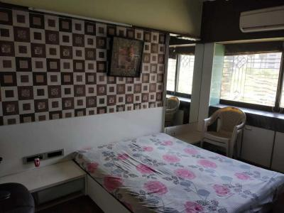 Gallery Cover Image of 650 Sq.ft 1 BHK Apartment for rent in Malad West for 34000
