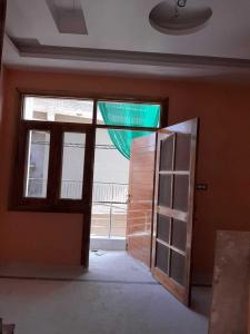 Gallery Cover Image of 450 Sq.ft 1 BHK Independent Floor for rent in Pul Prahlad Pur for 6000