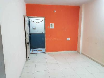 Gallery Cover Image of 650 Sq.ft 1 BHK Apartment for rent in Vishrantwadi for 11000
