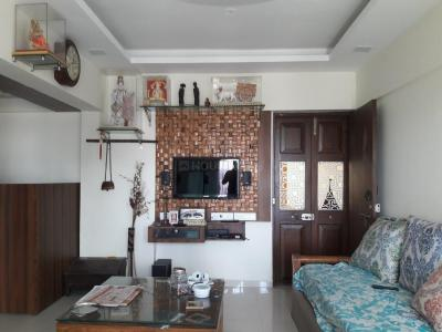 Gallery Cover Image of 1000 Sq.ft 2 BHK Apartment for buy in Borivali West for 18600000