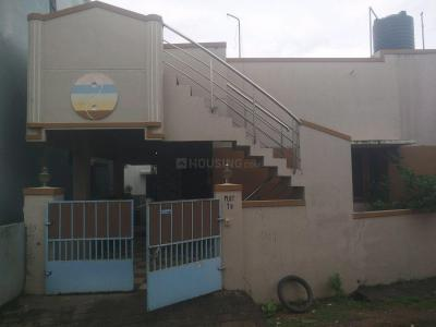 Gallery Cover Image of 950 Sq.ft 2 BHK Independent House for rent in Vengaivasal for 10500