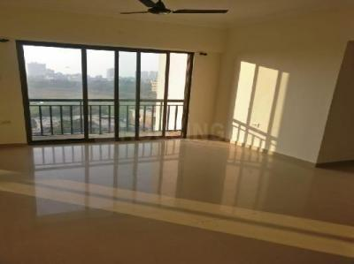 Gallery Cover Image of 1150 Sq.ft 3 BHK Apartment for buy in Malad West for 14500000