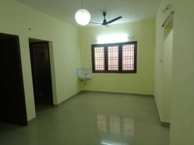 Gallery Cover Image of 877 Sq.ft 2 BHK Apartment for buy in Iyyappanthangal for 4600000