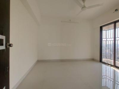 Gallery Cover Image of 750 Sq.ft 2 BHK Apartment for rent in Sethia Kalpavruksh Heights, Kandivali West for 32000
