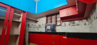 Gallery Cover Image of 3000 Sq.ft 4 BHK Independent Floor for rent in Palavakkam for 55000
