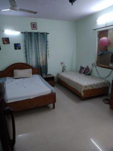 Gallery Cover Image of 305 Sq.ft 1 RK Independent House for rent in Sector 29 for 12000