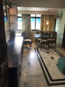 Gallery Cover Image of 600 Sq.ft 1 BHK Apartment for rent in Bandra West for 52000